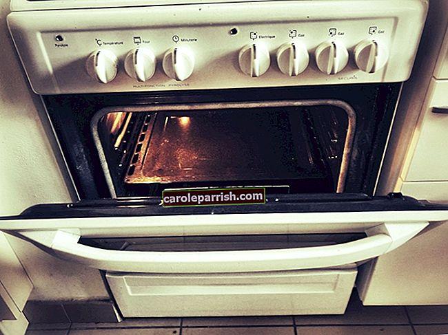So reinigen Sie den Ofen auf natürliche Weise